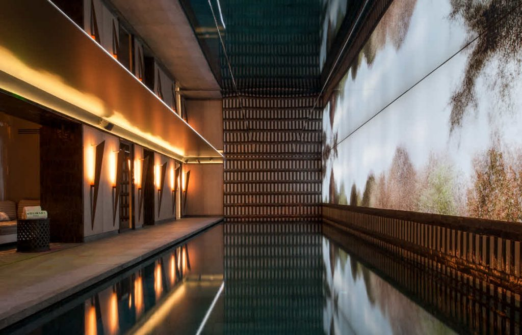 la piscine du Spa Nolinski Paris